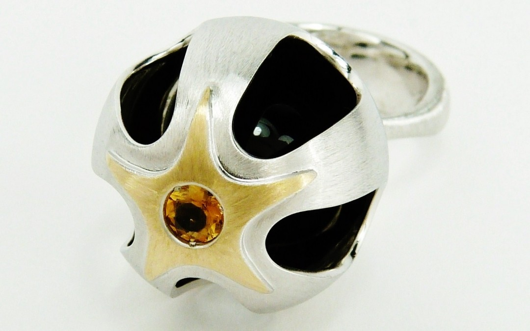 Sortija – ESC- Agata Negra, Citrino-Oro Amarillo